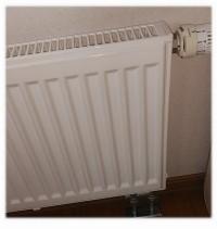 パネルヒーターが温まらない、コロナ、暖房ボイラーからエラーが出て温まらない、システム構成が複雑な分、故障も複雑になる